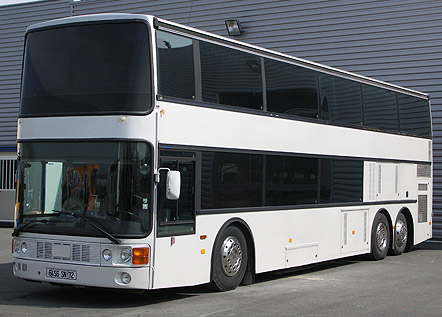 v hicules bus et car vip location de bus am nag bus promotionnel bus de tourn e et motorhome. Black Bedroom Furniture Sets. Home Design Ideas